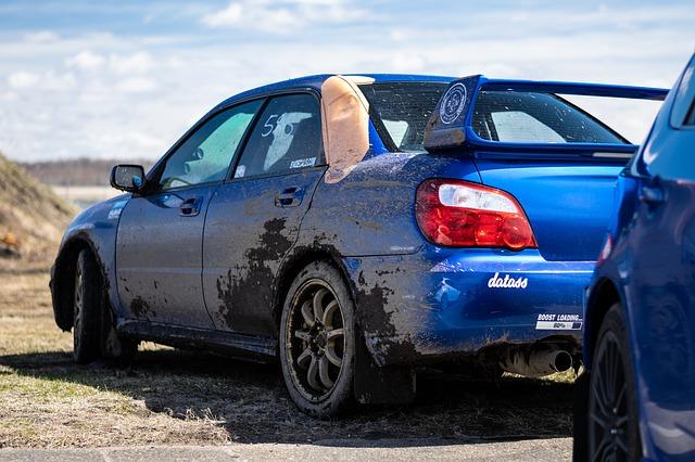 快適に車中泊できるスポーツカーの代表例 インプレッサ