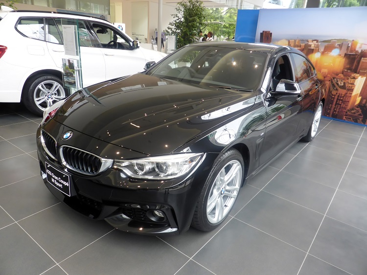 クーペのおすすめ車【セダンの居住性とクーペのデザイン性があるハードトップ】BMW 4シリーズ グランクーペ